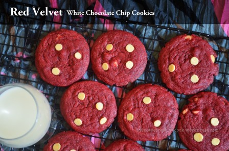 thenotsocreativecook-wordpress-com-redvelvetwhitechocolatechipcookies