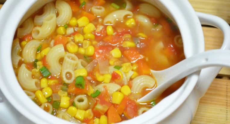 thenotsocreativecook-TomatoCornPastaSoup2