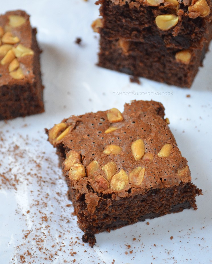 thenotsocreativecook-Nutty & Cakey Brownies3