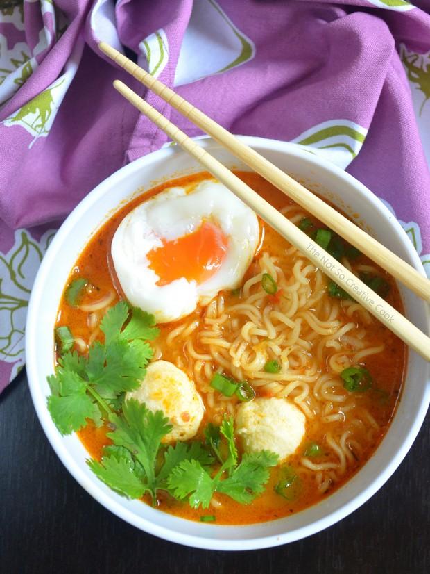 sriracha-ramen-noodle-soup-tnscc-1