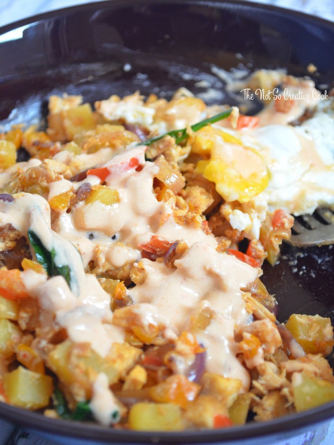potato-hash-with-harissa-tahini-sauce-tnscc5