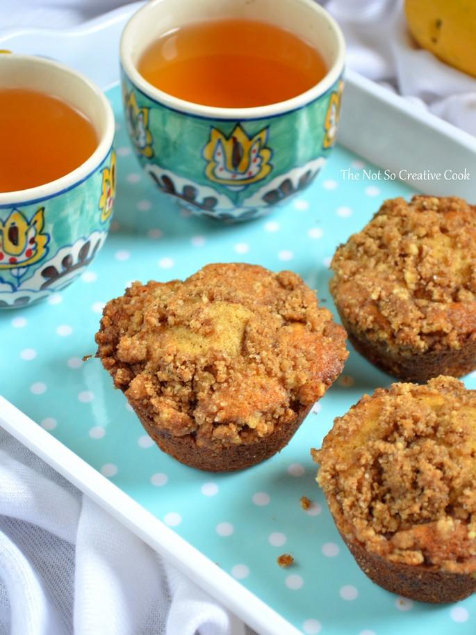 Mango Streusel Muffins