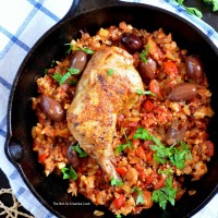 "{Whole30} Skillet Cauliflower ""Arroz"" Con Pollo"